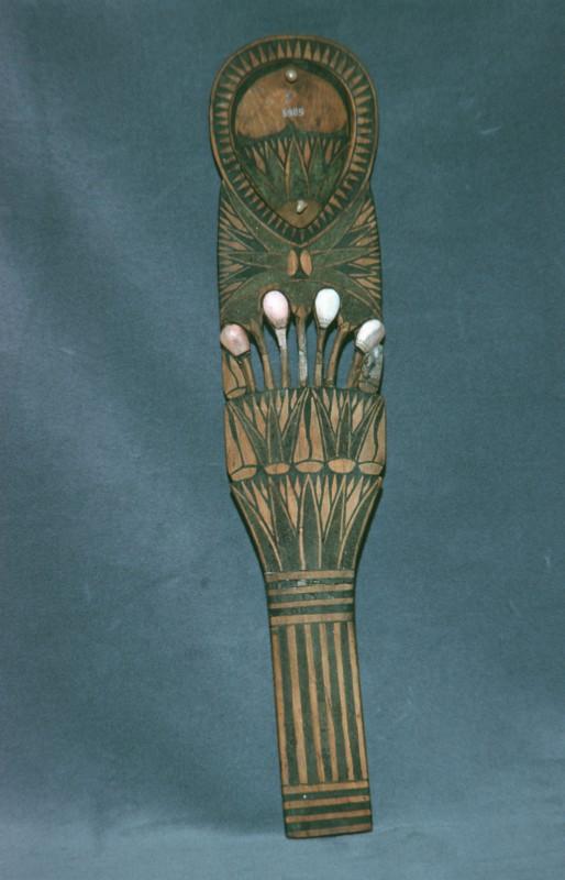 Salblöffel mit Blumendekoration, Holz mit Einlagen, Memphis